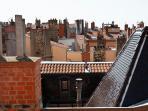 La vue de la chambre - les Toits de Lyon