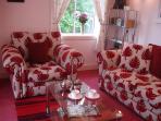 Shuna's Comfortable Lounge