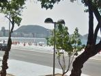 Surrounding area | Copacabana beach is a stone´s throw away from the Studio
