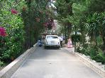 The private drive-way at the Villa – ample parking space is available.