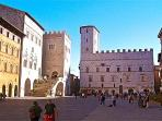 Stunning Todi Piazza Apartment