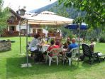 grigliate  e feste a Csabamby, accompagnate dalla fisarmonica di Silvano