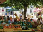 Aubeterre-sur-Dronne, market, shops, cafés