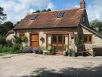 Grooms Cottage in courtyard set in 8 acres of peace & tranquility
