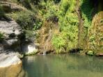 Bolognano Gorge - cool off in the natural cisterna