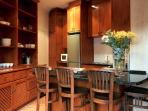 lux 2 bedroom/1 bathroom app. kitchen
