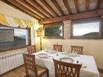 Ulysses Villa Dining in the Loggia  #leloggedisilvignano #spoleto vacationrental