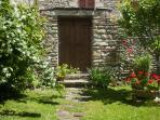 L'entrata del nostro giardino per il vostro relax
