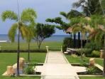Garden and sea view of villa Baruna
