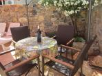 Try out the local wine in the courtyard. The Cave Cooperative is only 50 metres away. Go winetasting