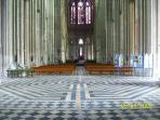 lieu de pénitence : le labyrinthe de la Basilique (chemin de Compostelle)