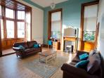 Drawing room:panoramic view.