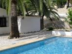 Private Grounds & Large Private Pool