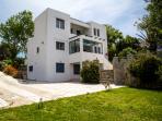 Villa Anemos and garden
