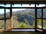 Vistas de la galería al valle Mampodre