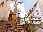 lovingenoa GUEST HOUSE - l'esterno con il giardino ad uso dell'abitazione -