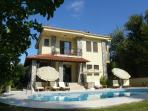 Villa Zambak Evi