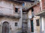 a corner of old Capitignano