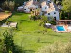 Holiday in the heart of Andalucia. Large secluded gardens, private pool, sports court, yoga studio