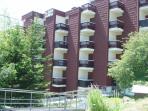 vue residence soleil des alpes avec appartement au rez de chaussée