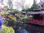 Compton Acres - 10 Acres of Beautiful Gardens   http://www.comptonacres.co.uk/