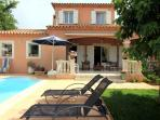 5263 Provence villa with pool and Wi-Fi