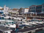Ile de Re - boats, beaches, wonderful seafood and tempting shops