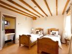 A choice of twin or superking bed in the second en-suite bedroom
