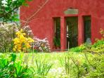 Casa Rossa, Charming Tuscan Cottage with garden