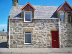 Clavie Cottage - Sea views over the Moray Firth