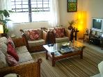 Living room - Dining for 6 Wi-Fi, TV, DVD, Cable