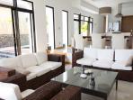 Lounge too