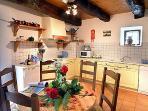 Le Pressoir kitchen