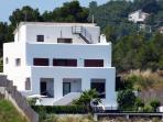 Villa Leila - a peaceful retreat looking out over the Natural Park del Garraf