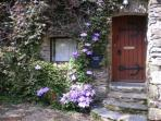 Longbow Barns entrance.