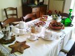 il salone per le colazioni con prodotti locali e genuini