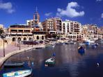 spinola bay just 1m from apartment