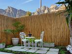 Garden View Suite, Garden