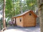 HOLLIES LODGE four poster bed, hot tub, all ground floor. next to golf and fishing in Newtown Ref 915357