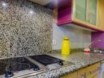 Detalle de la cocina, totalmente equipada para sentirse como en casa