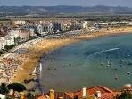 Sao Martinho do Porto bay