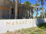 Manasota Beach offers free parking the whole day long