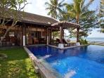 Beachfront Villa, Private Pool, 5 adults + 4 kids