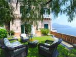 Unique private furnished garden with sea view