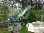 Our Famous Frog Fountain. Often seen foto in the tour books