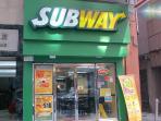 2 mins walk to Subway
