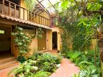 Casa Luz y Sombra 4BR sleeps 8, jungle beach house