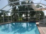 OVERSIZED SOLARPOOL (8.90m x4.90m), SEPERATE SPA FOR 4 PAX FOR ENJOYABLE SEATING WITH A BUBBLY.