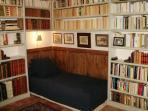 Chambre BIBLIO au RDC, 1 lit de 90 cm, 1 personne