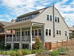 The Coastal Living House with guest house - Oceanfront